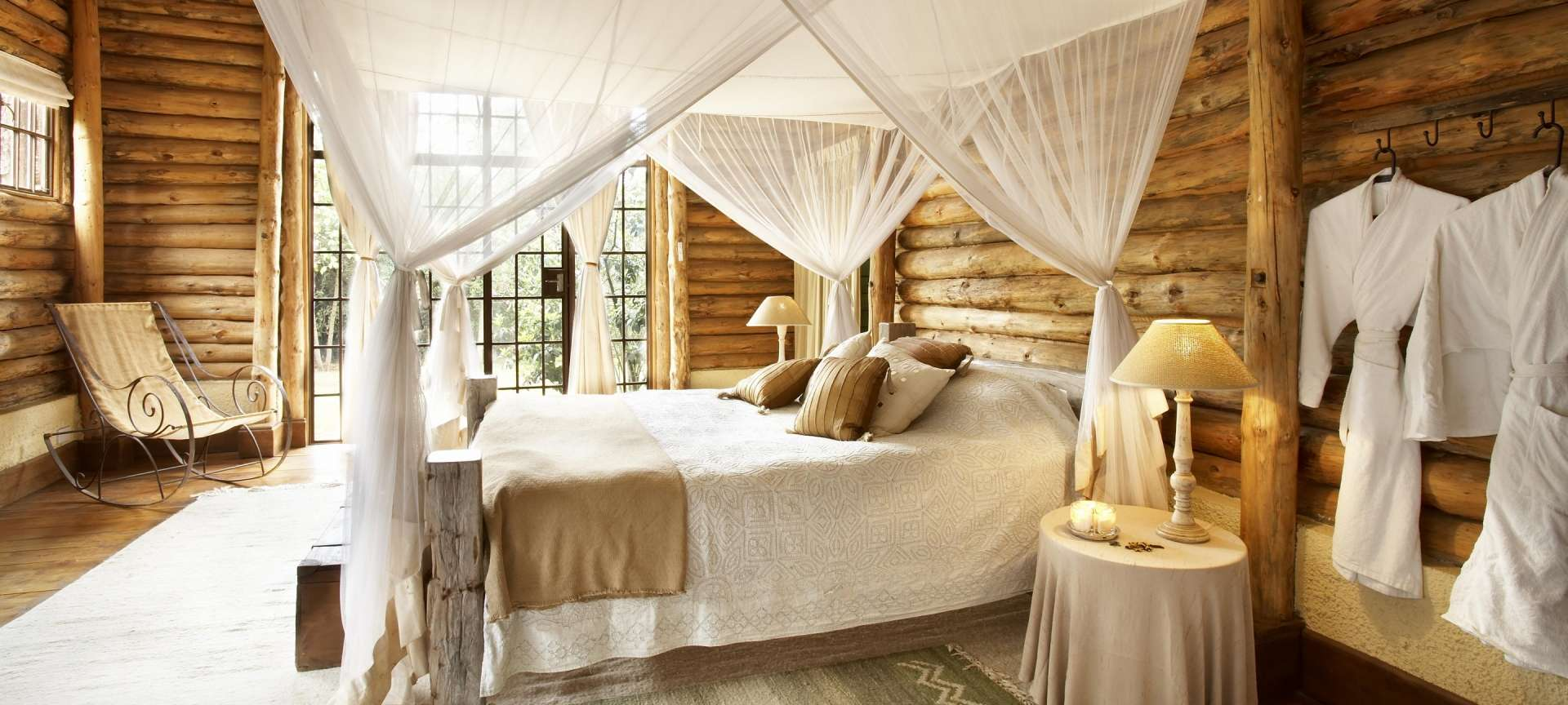 Балдахин своими руками в деревянном доме