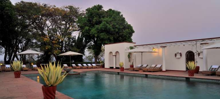 Passage Through Southern Africa in a Luxury Train, Houseboat and Okavango Delta (SA 10 days)