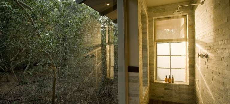 Outdoor shower at Phinda Forest Lodge, Accomodation, South Africa
