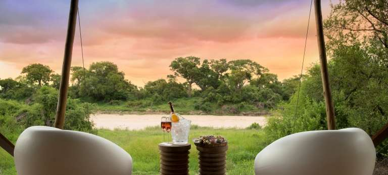Ngala Tented Camp drinks for two, South Africa