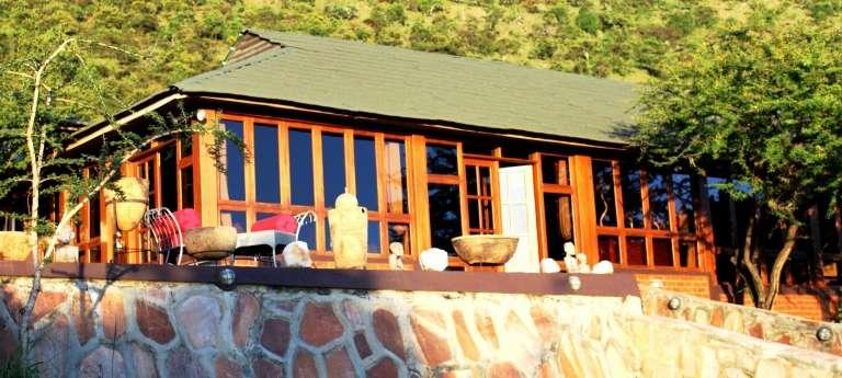 Buffalo Luxury Camp Main Building, Serengeti National Park in Tanzania