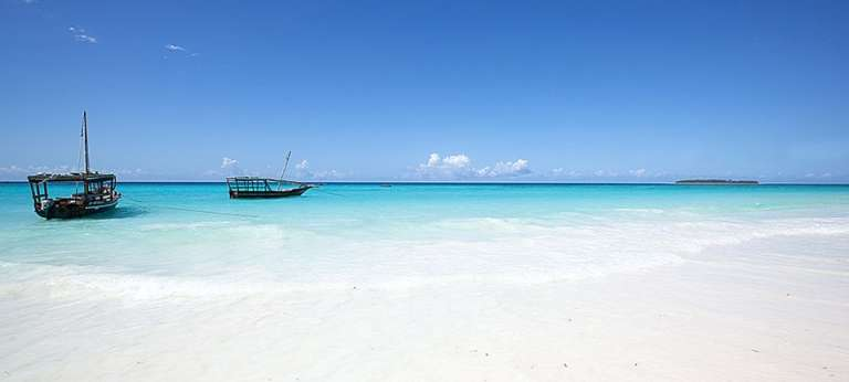 Bluebay Beach Resort & Spa, Zanzibar - Africa Wildlife Safaris