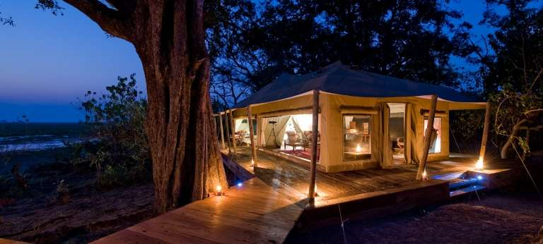 Zarafa Camp at night, Botswana, Accomodation