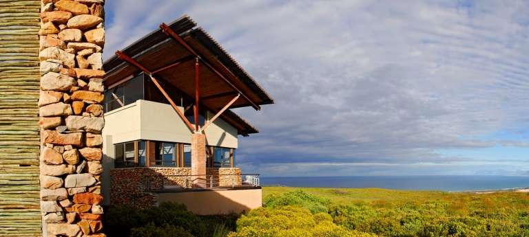Cape Town, Whale Coast and Victoria Falls Tour (10 days)