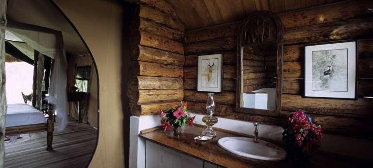 Bathroom at Semliki Safari Lodge in Uganda