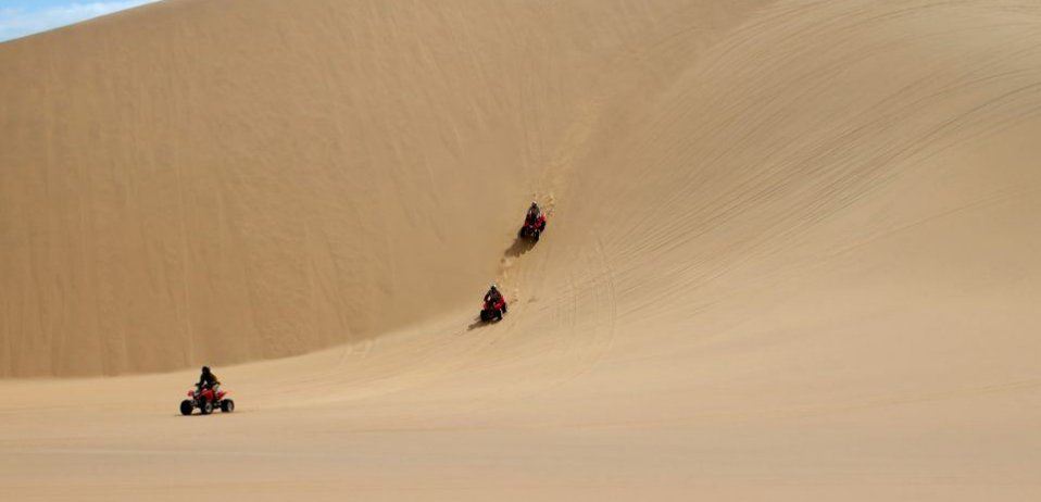 things to do in namibia swakopmund dunes quad biking