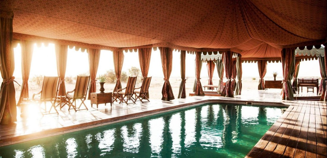 Jacks camp makgadikgadi botswana safari indoor pool