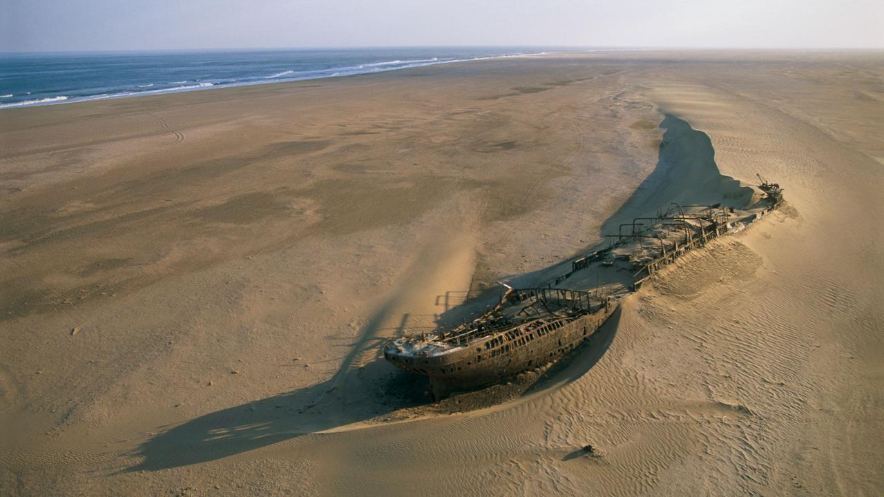 skeleton coast namibia travel