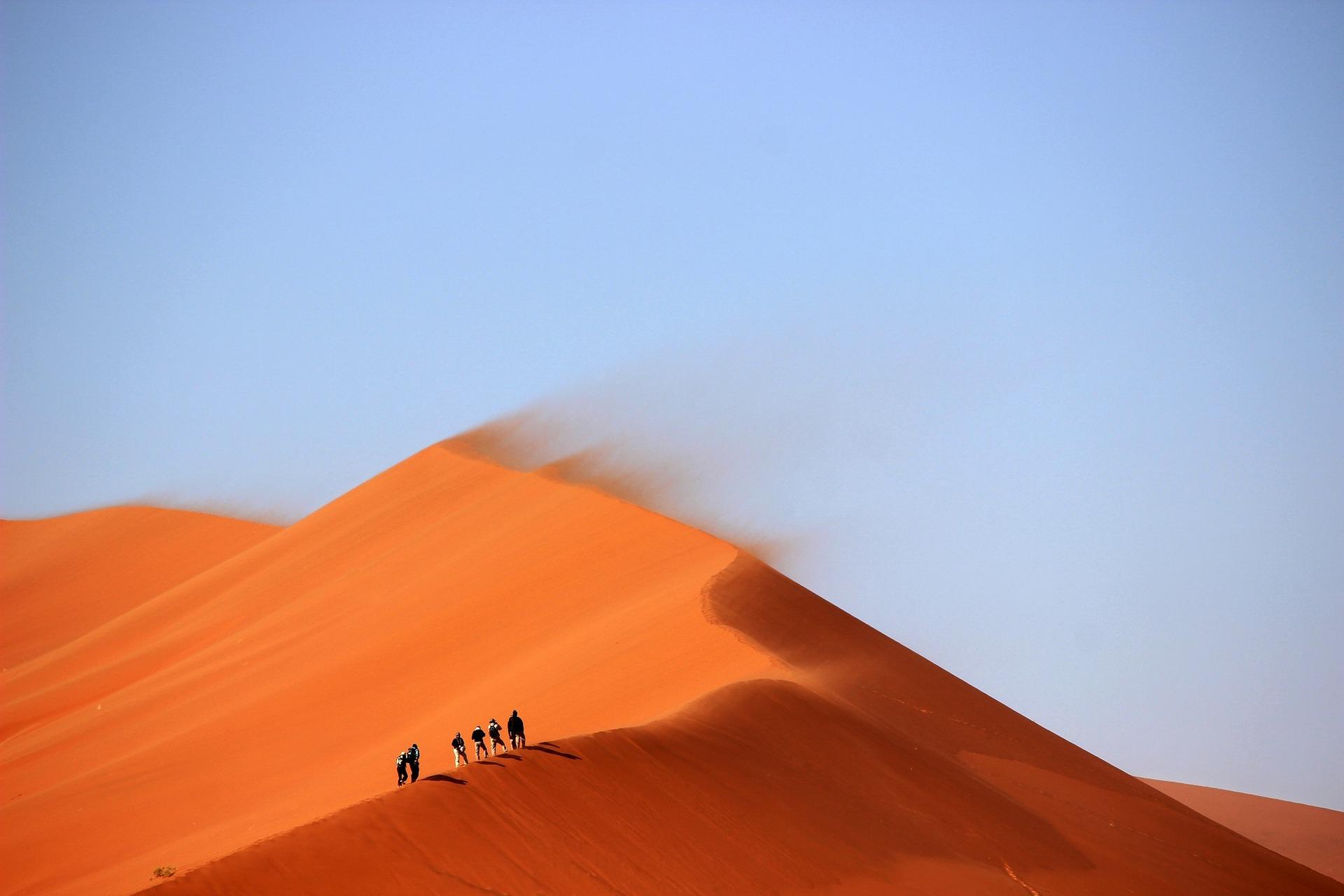 sossusvlei climbing namibia adventure