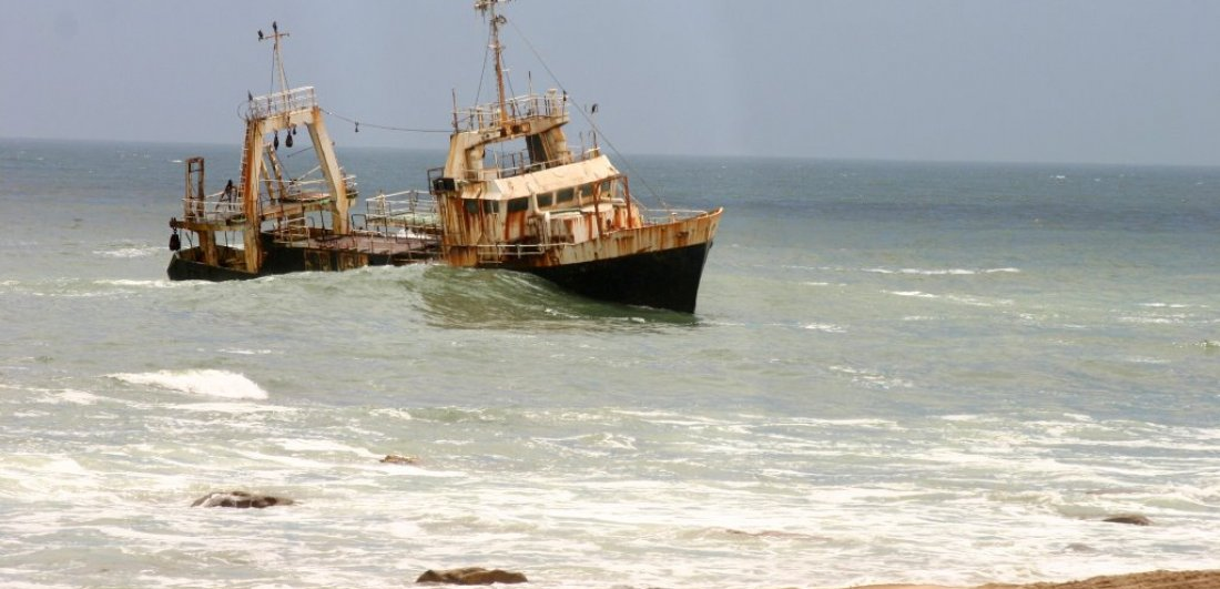 the wreck along the skeleton coast namibia road trip
