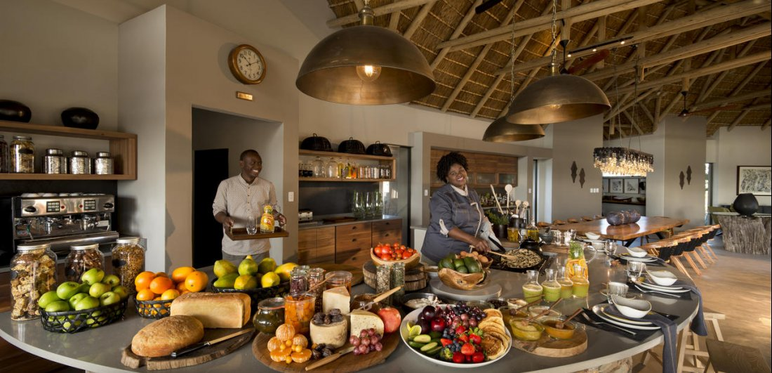 Rockfig safari lodge timbavati south africa breakfast buffet
