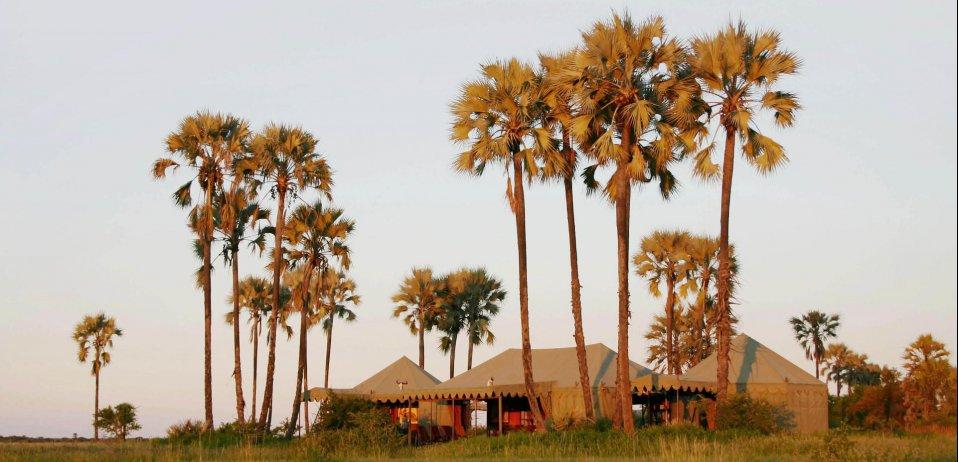 jack's camp makgadikgadi pans tent exterior