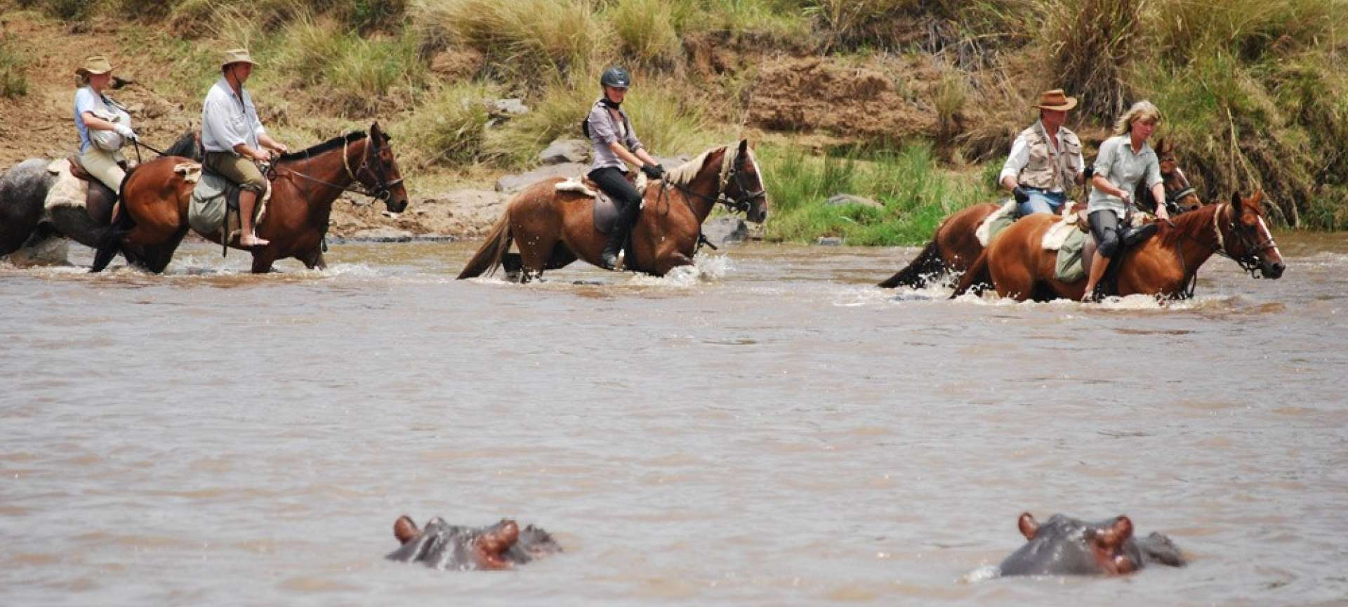 Horseback safaris in Africa - Africa Wildlife Safaris