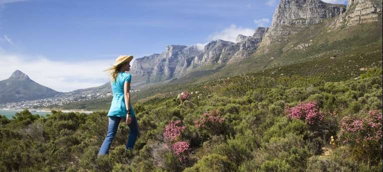 Mountain Walk | Cape Town, Whale Coast and Victoria Falls Tour (10 days)