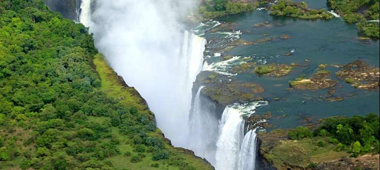Affordable Victoria Falls, Hwange & Mana Pools (SA 9 days)