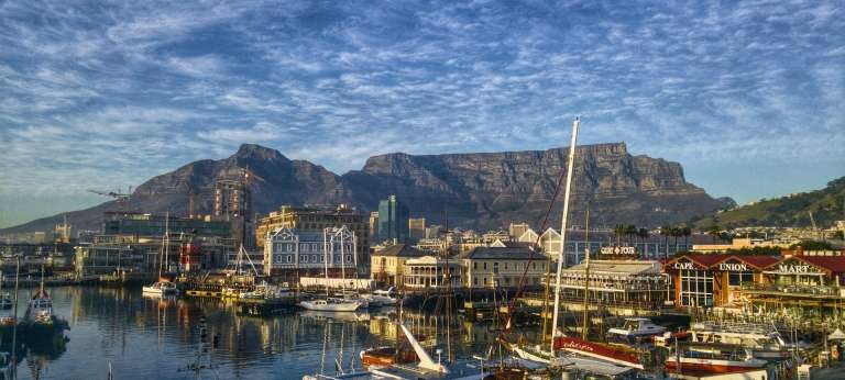 | Luxurious Cape Town and Victoria Falls