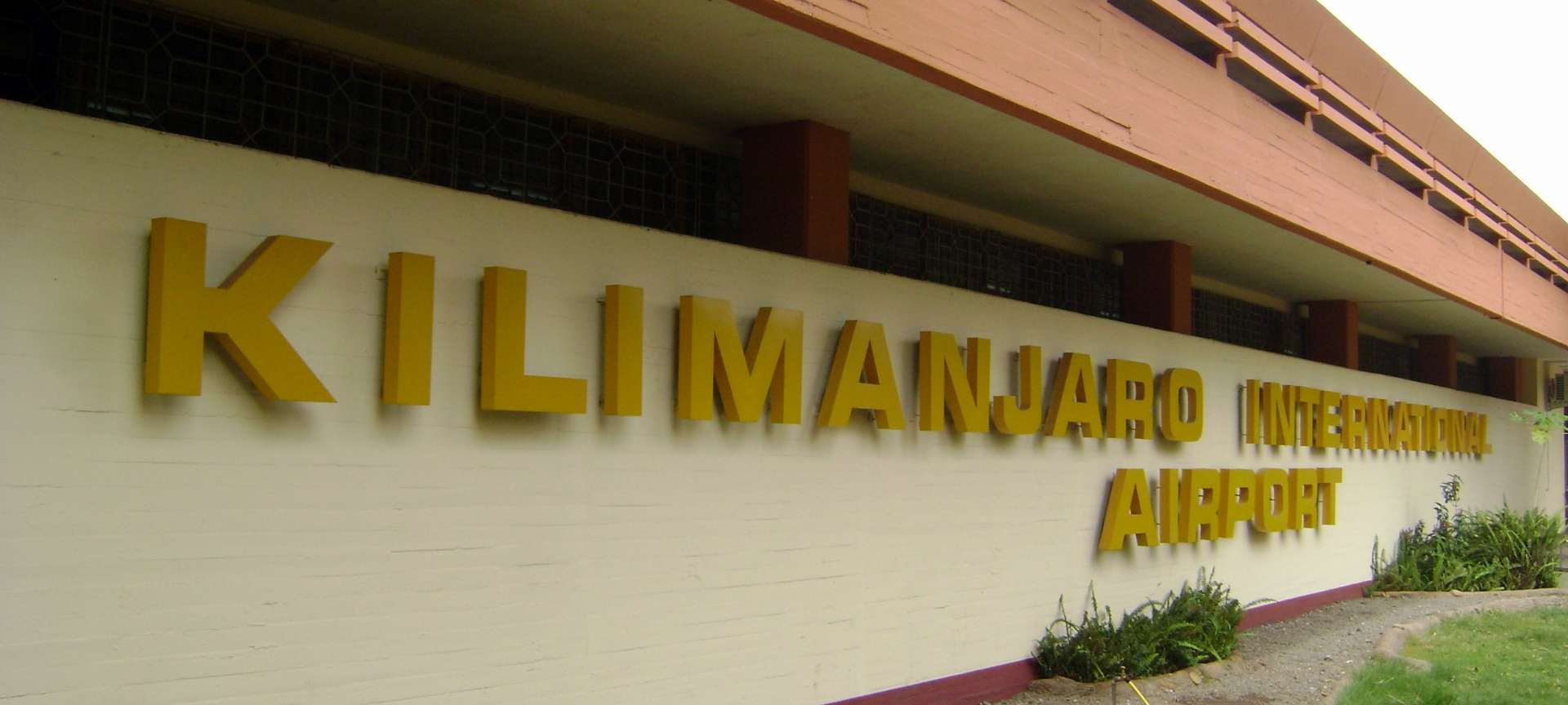 Kilimanjaro Airport - Africa Wildlife Safaris