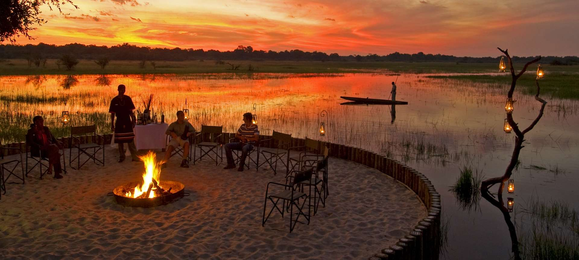 Chief's Island - Africa Wildlife Safaris