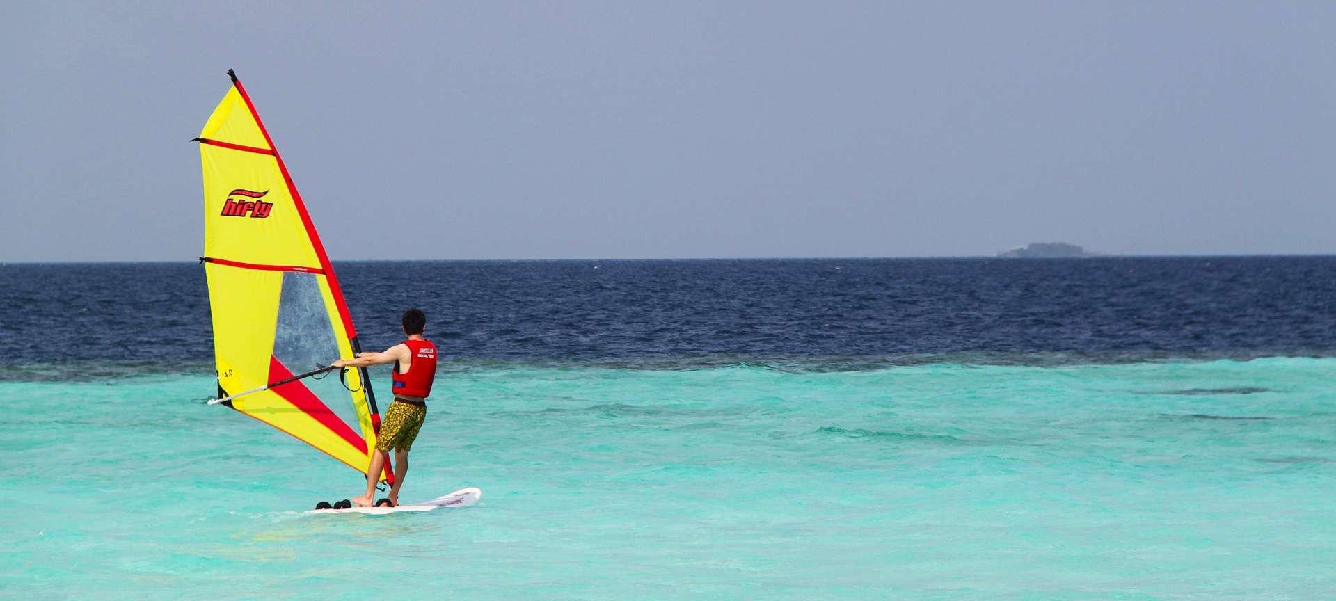 Maldives - Africa Wildlife Safaris